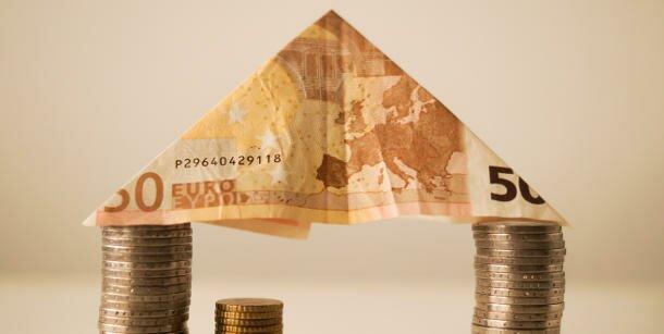 как взять деньги под залог недвижимости у частного лица кредитные каникулы банк открытие